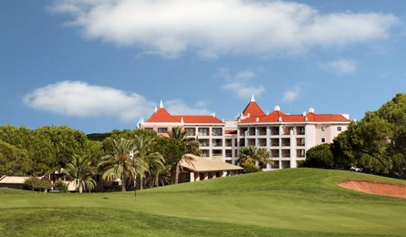 Golfreisen Algarve – Hilton Vilamoura As Cascatas Golf Resort & Spa