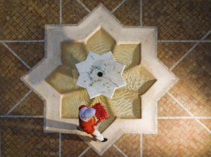 """Golfreisen Marrakech - Angsana Riads Collection. Riads sind traditionelle marokkanische Wohnhäuser bzw. ehemalige Stadtpalais wohlhabender Familien, die in den letzten Jahren von der renommierten Hotelkette Angsana aufgekauft und unter Verwendung traditioneller Vorgaben neu gestaltet wurden. Die Angsana Riads Collection Marrakesch vereint gekonnt zeitgenössischen Komfort mit orientalischer Opulenz und verbreitet das Flair von """"1001 Nacht"""". Der ideale Platz für Romantiker."""