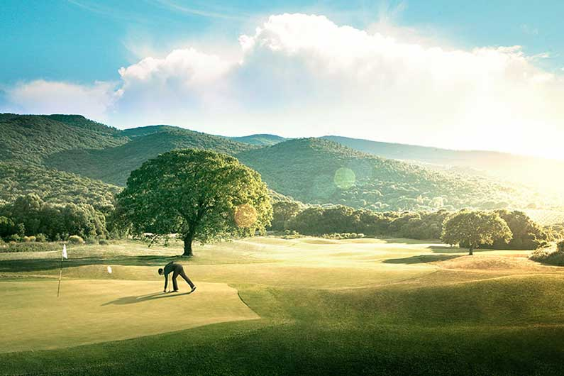 """Golfreisen Toskana - Argentario Resort Golf & SPA. Das Design Resort Argentario ist die perfekte Adresse für Golfer und Liebhaber von fast unberührter Natur und stylischem Ambiente. Besondere Auszeichnung erhielt es als """"Best Luxury Hotel Italy""""."""