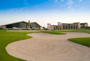 Golfreisen Abu Dhabi - Westin Abu Dhabi Golf Resort & SPA. Ideal gelegenes Golfhotel für Gäste, die ohne lange Wege am 1. Abschlag sein möchten und eine stadtnahe und ruhige Lage gepaart mit modernsten Komfort zu schätzen wissen.