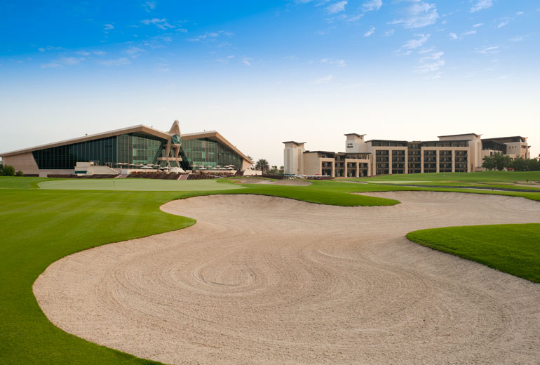 Swing tours golfreisen golfreisen abu dhabi westin abu for Abu dhabi country club salon